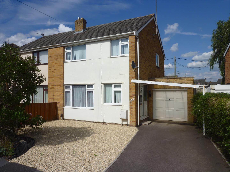 3 Bedrooms Property for sale in Southwick, Trowbridge